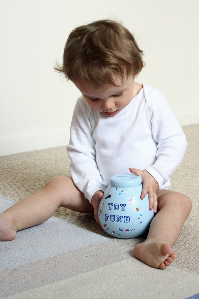 financial-fairy-tales-baby-with-money