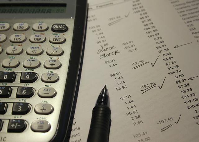 repairing a poor credit score - calculator image