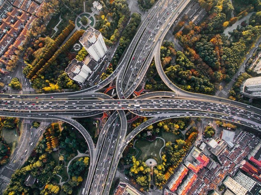 How To Survive The Next Big Economic Meltdown - gridlock image