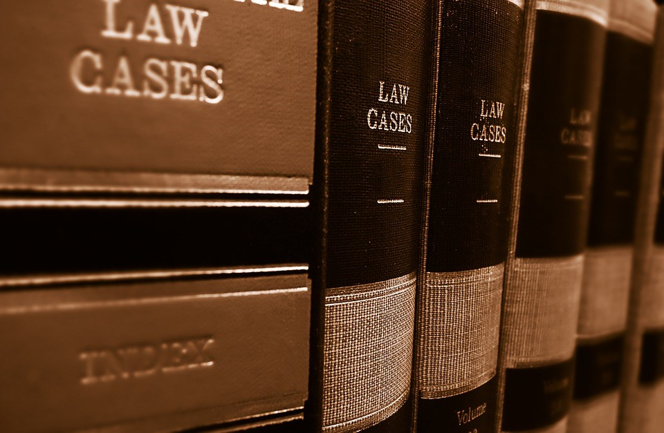 Considering a Personal Injury Claim? 5 Things You Should Know - law books image