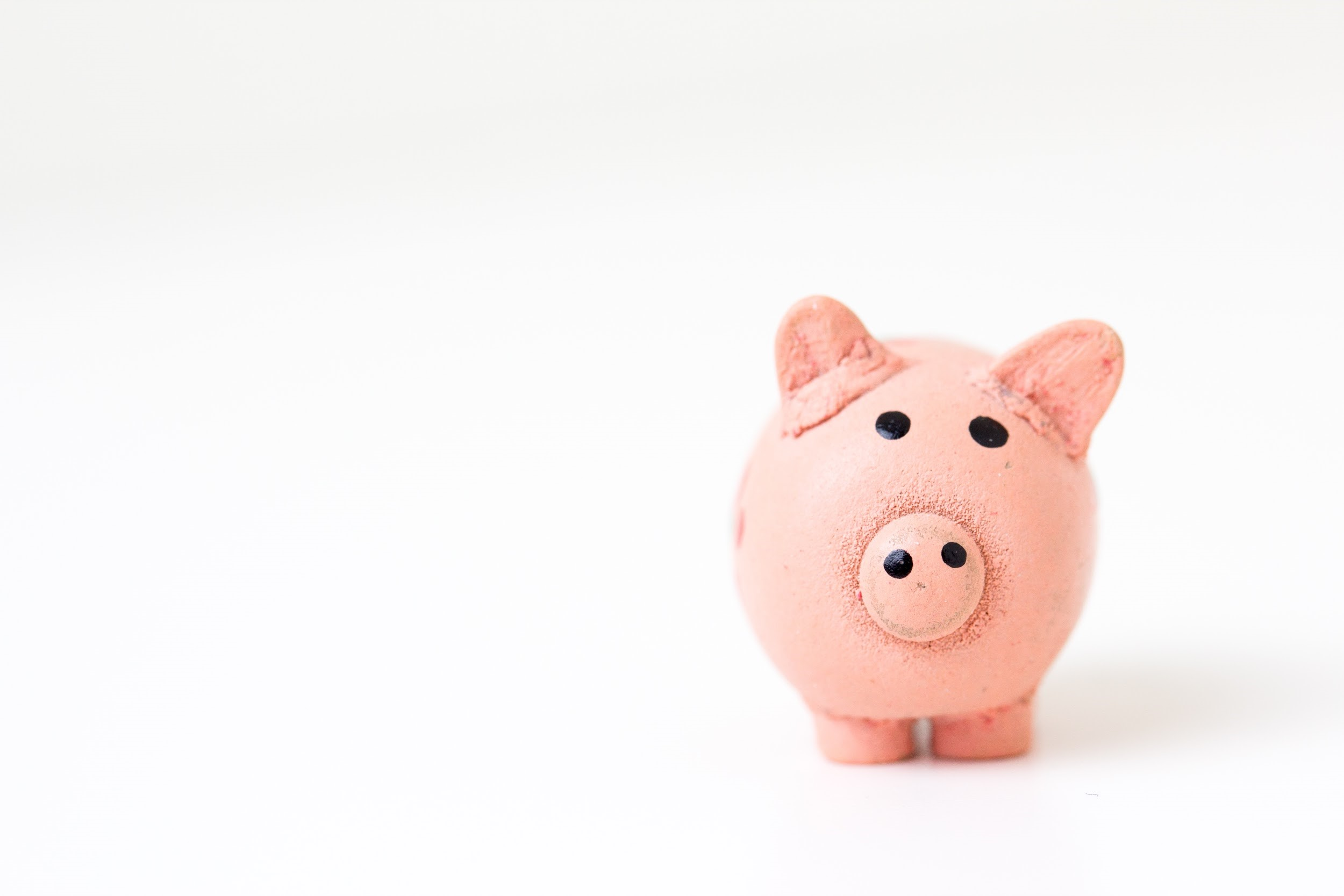 family business finance - piggy bank image
