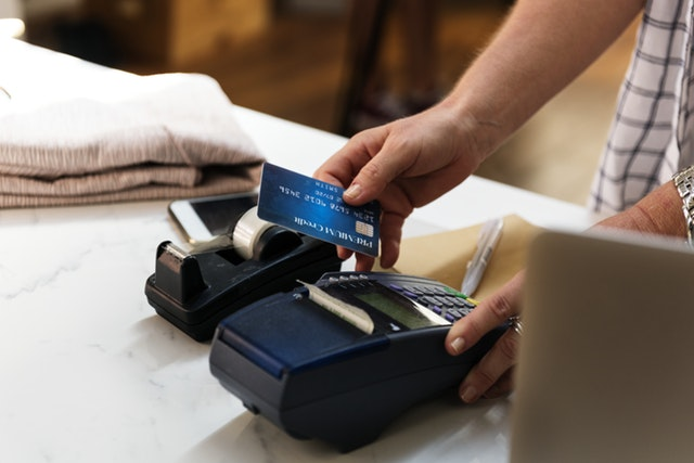 Here's How You Avoid Debt on Your Credit Card - credit card merchant image