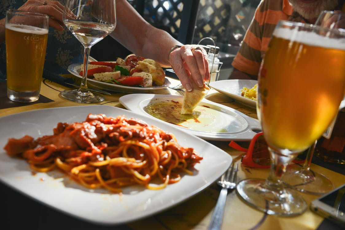 Are You Your Worst Financial Enemy - eating out restaurant image
