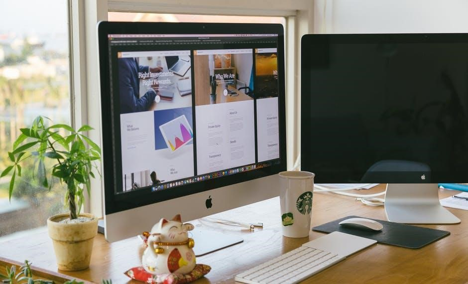 family business finance - office desk image