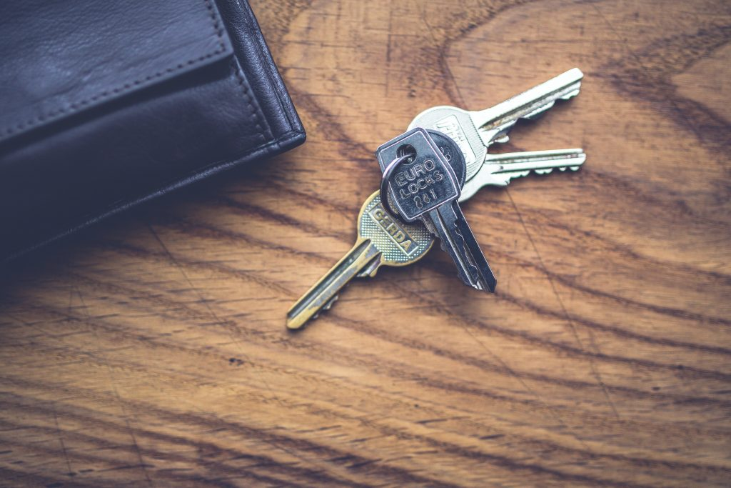Starting off on the Right Foot as a Landlord - keys and wallet image